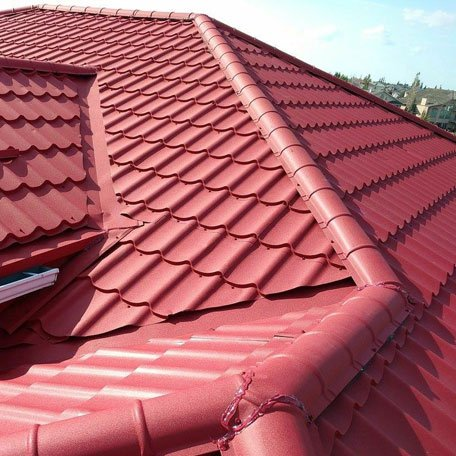 Metal roofing structure